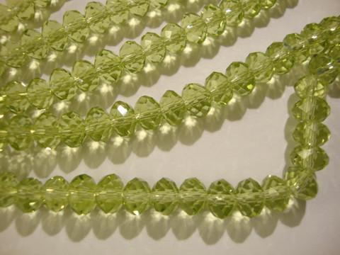 Kristallihelmi vaalea sammaleen vihreä rondelli 6 x 4 mm (20/pss)