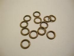 Välirengas 7 x 1 mm suljettu/kiinteä pronssi / antiikkimessinki (10 kpl/pss)