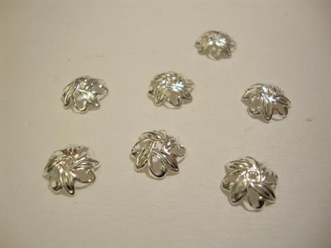 Helmihattu lehtikuvio hopeoitu  10 mm (20 kpl/pss)