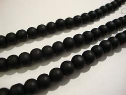 Huurrelasihelmi musta (Jet) pyöreä 6 mm (n. 33 kpl/nauha)