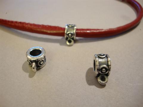 Riipuspidike nauhoille hopeoitu 9 x 6 mm