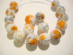 Lasihelmi valkoinen / oranssi värjätty pyöreä 10 mm (20/pss)