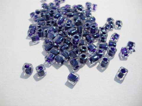 Miyuki siemenhelmi kuutio 3.5-3.7 mm tumma sini-violettireuna SB223 (10 g/pss)