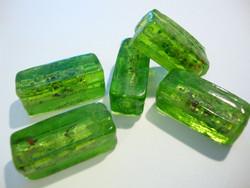 Lamppuhelmi vihreä Confetti-pilkuilla suorakaide 30 x 13 mm (2/pss)