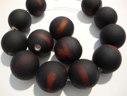Akryylihelmi matta musta /ruskea (rubberized) 14 mm (2/pss)