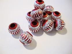 Alumiinihelmi burgundin punainen 12 mm