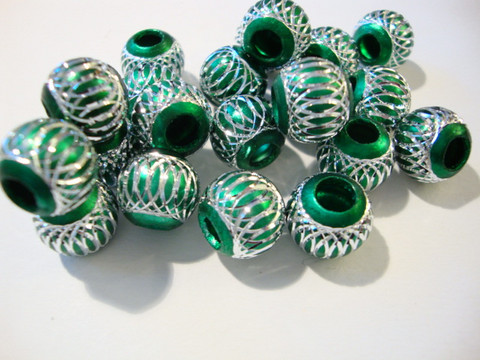 Alumiinihelmi smaragdinvihreä 12 mm