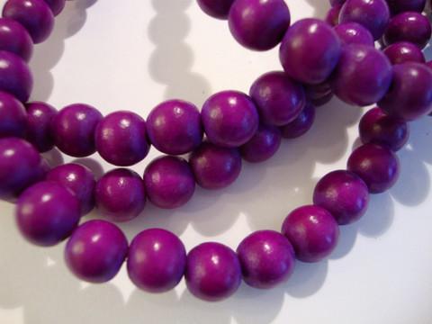 Puuhelmi tumma lila / violetti pyöreä 8 mm (n.50 kpl/nauha)