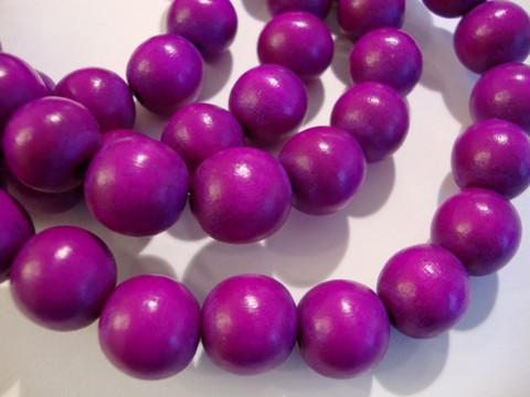Puuhelmi tumma lila /violetti pyöreä 12 mm (n.34 kpl/nauha)