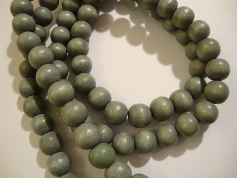 Puuhelmi vaalea harmaa pyöreä 8 mm (n.50 kpl/nauha)