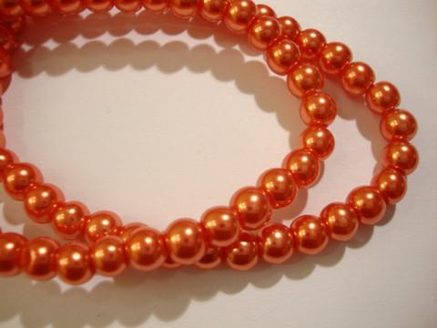 Helmiäislasihelmi oranssi pyöreä 6 mm (n.74 kpl/nauha)