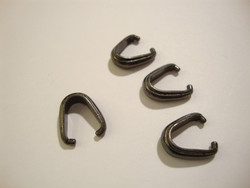 TierraCast Puristettava riipuspidike Nouveau musta 12 x 4 mm