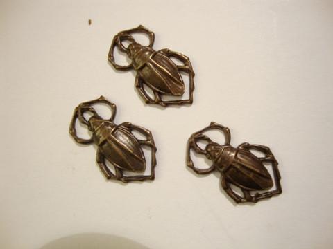 Vintaj Scarabee riipus 16 x 10 mm