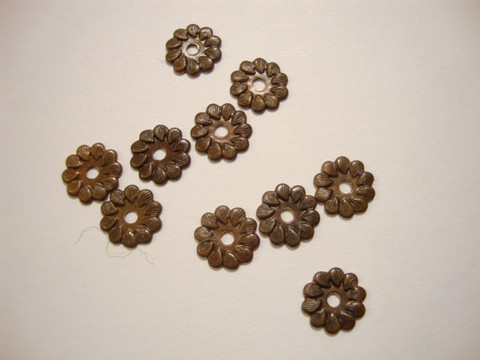 Vintaj Kukka niitinkoriste 7,5 mm (4 kpl/pss)
