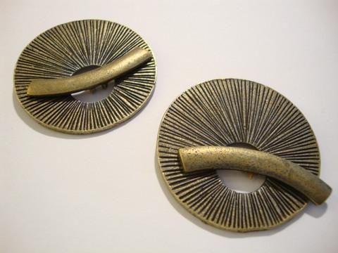 Salpalukko kuvioitu pronssi suuri pyöreä 39 mm