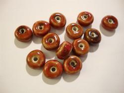 Keramiikkahelmi punainen rondelli 5x10 mm (10/pss)