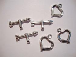 Salpalukko Sydän ja nuoli hopeoitu12,5 x 19 mm (4 kpl/pss)