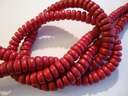 Puuhelmi karpalon punainen rondelli 8 mm (n.105 kpl/nauha)