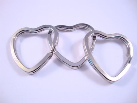 Tuplarengas/avainrengas 32 x 31 mm sydän iso teräksenvärinen (5 kpl/pss)
