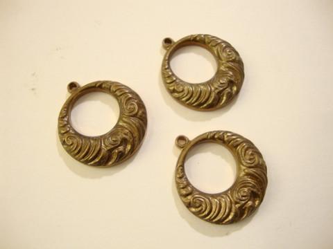 Vintaj Nouveau Swirls -salpalukko rengas 19 x 17 mm