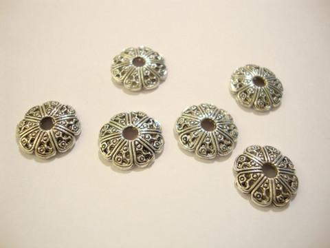 Helmihattu antiikkipatina hopeanvärinen 12 x 2 mm (10 kpl/pss)