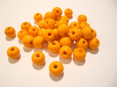Opaakki lasihelmi oranssi pyöreä 6 mm (30 kpl/pss)