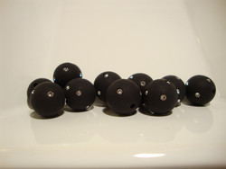 Polarishelmi Swarovskin strasseilla musta matta 10 mm (2 kpl/pss)