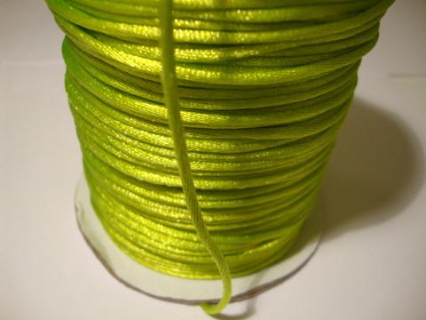 Satiininauha limenvihreä 2 mm (m-erä 2 m)