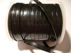 Nahkanauha musta litteä 4 mm leveä (m-erä 1 metri)