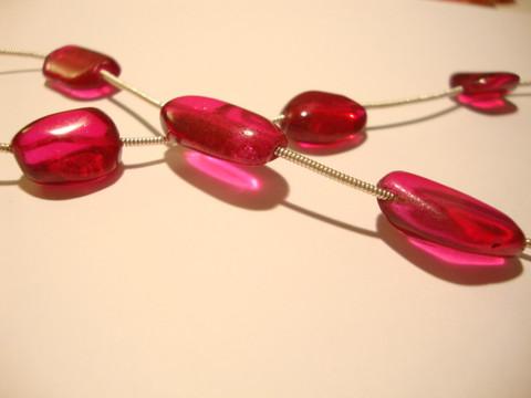 Lasihelmi nuggetti pinkki n. 16 x 10 mm (5 kpl/nauha)