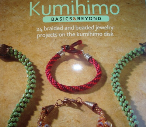 Combs Rebecca: Kumihimo basics & beyond -kirja