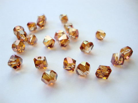 Swarovski kristallihelmi Copper Graphic 6 mm (2 kpl/pss)