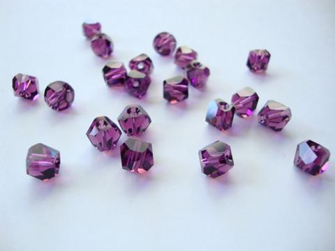 Swarovski kristallihelmi ametisti Graphic 6 mm (2 kpl/pss)