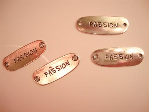 Korulinkki / riipus 'Passion' 40 x 15 mm, reikien halkaisija 2 mm (2 kpl/pss)