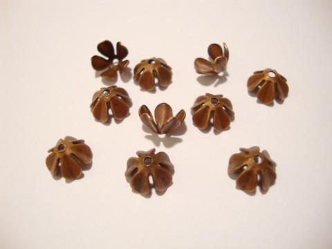 Helmihattu Kukka kuparinvärinen n. 8 mm (10 kpl/pss)