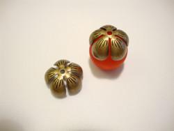 Helmihattu Kukanterälehti pronssinvärinen 12 mm (2 kpl/pss)