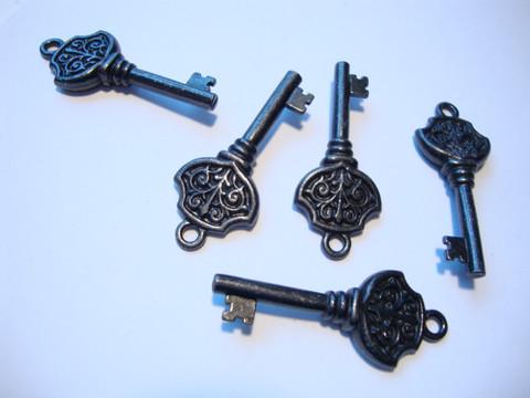 TierraCast riipus Victorian key musta 36 x 15 mm