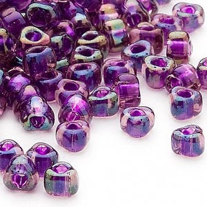 Miyuki siemenhelmi kolmio 4x4x3 mm violetti-sininen sisus TR1832 (10 g/pss)