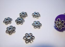 Helmihattu antiikkipatinoitu hopeanvärinen 10 x 3 mm (30 kpl/pss)