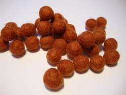 Huovutettu helmi tumma oranssi n. 10 mm (5 kpl/pss)