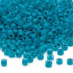 Japanilainen siemenhelmi matta läpikuultava turkoosi #06 (n.3,3 mm/reikä n. 1,7 mm) 10 g pussi