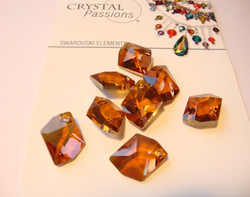 Swarovski kristalli riipus Copper Graphic 20 mm