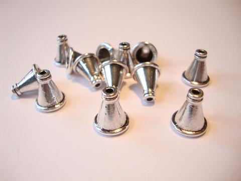 Helmihattu / kalotti antiikkihopeanvärinen 11 x 10 mm (4 kpl/pss)