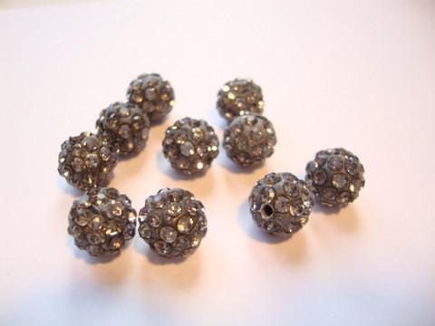 Shamballa/pave -strassihelmi tumma harmaa pyöreä 10 mm