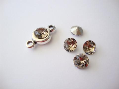 Swarovski kristalli rivoli savunharmaa (Greige) pyöreä 8 m SS39 (2 kpl/pss)