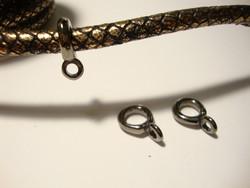 Riipuspidike 6 mm nauhoille musta (antrasiitti) 17 x 11 mm (4 kpl/pss)