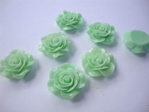 Akryylihelmi/kapussi Ruusu kiiltävä vaaleanvihreä tasapohjainen 20 mm