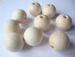 A Rayher käsittelemätön puuhelmi / puupallo 20 mm, reikä 4 mm (2 kpl)