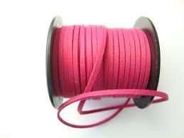 Mokkanauha (faux suede) fuksianpunainen 3 x 1,4 mm (m-erä 5 m)