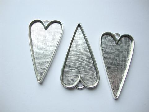 Riipus / kuvakehys Sydän hopeoitu 53 x 30 x 4 mm